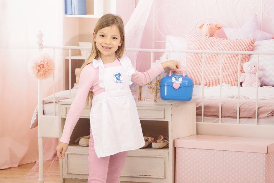 Bambina con valigetta del dottore di Cicciobello Bua Deluxe