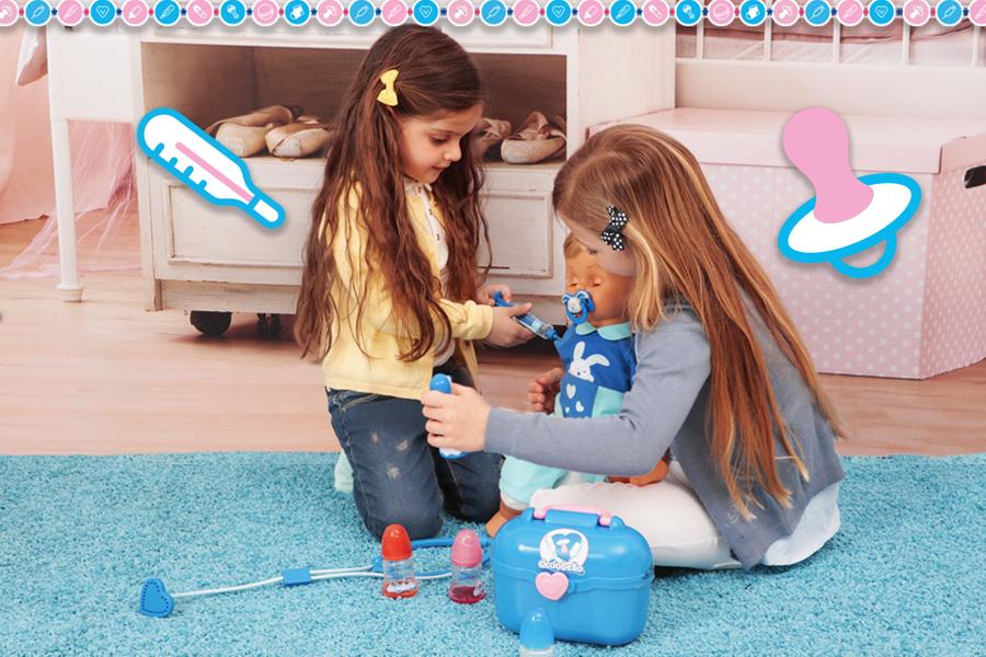 Bambine giocano al dottore con Cicciobello Bua Deluxe