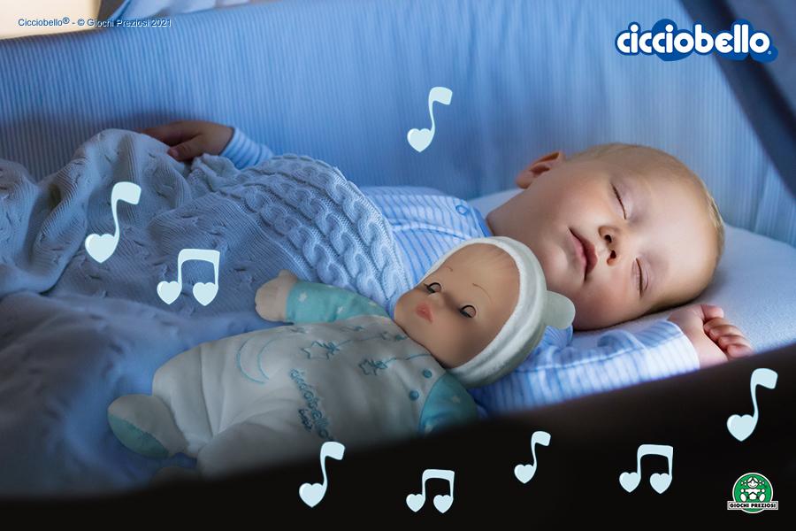 neonato dorme con Cicciobello Bebè Carillon
